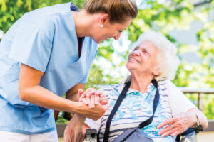 Estate Treasures and Services helps people move into assisted living facilities and senior housing communities.